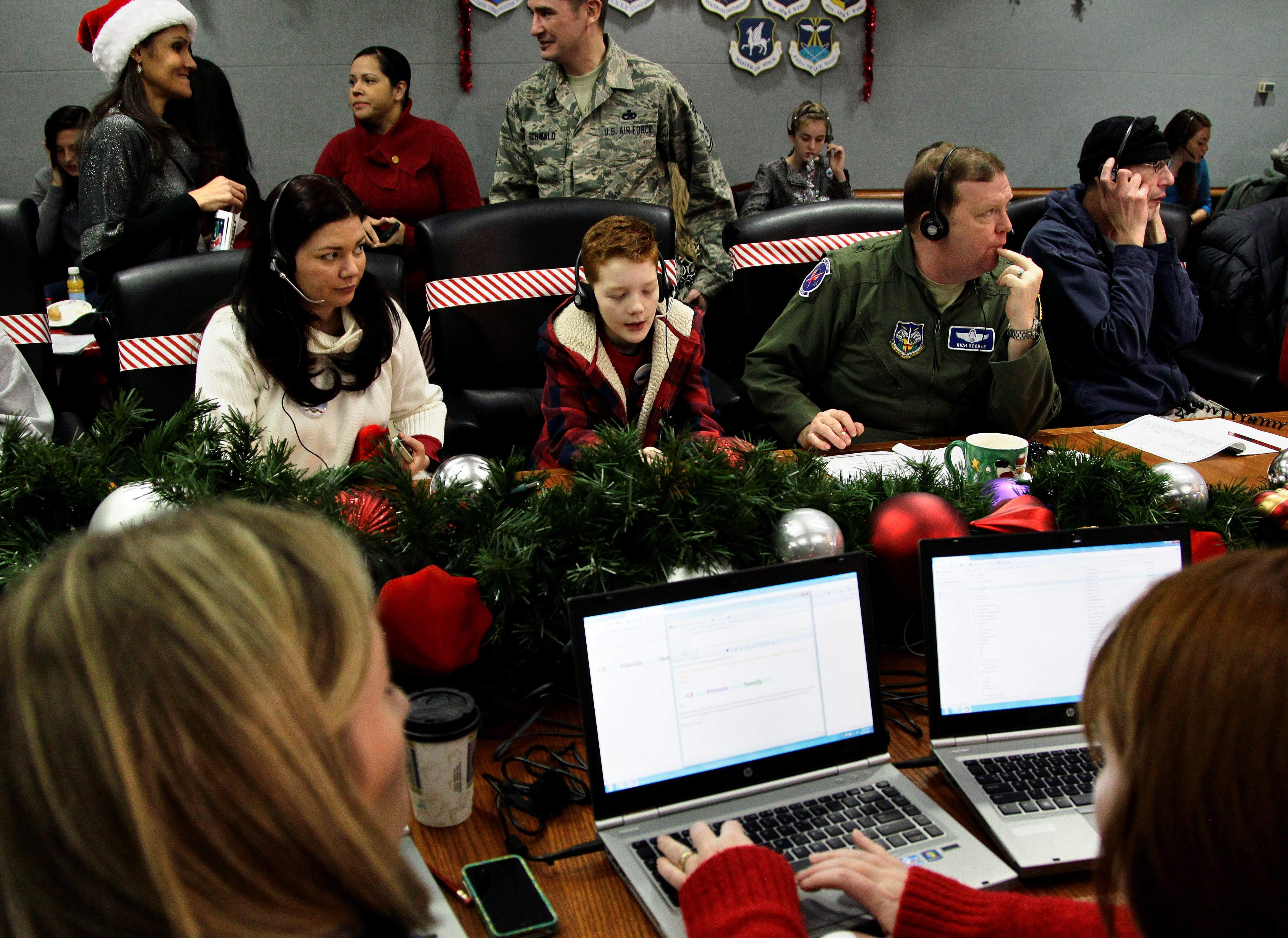 Wanna know when Santa Claus is comin\' to town? Ask NORAD