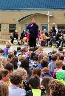Bayfield Superintendent Troy Zabel addresses students Tuesday at the school district's groundbreaking for its new facilities in Bayfield.
