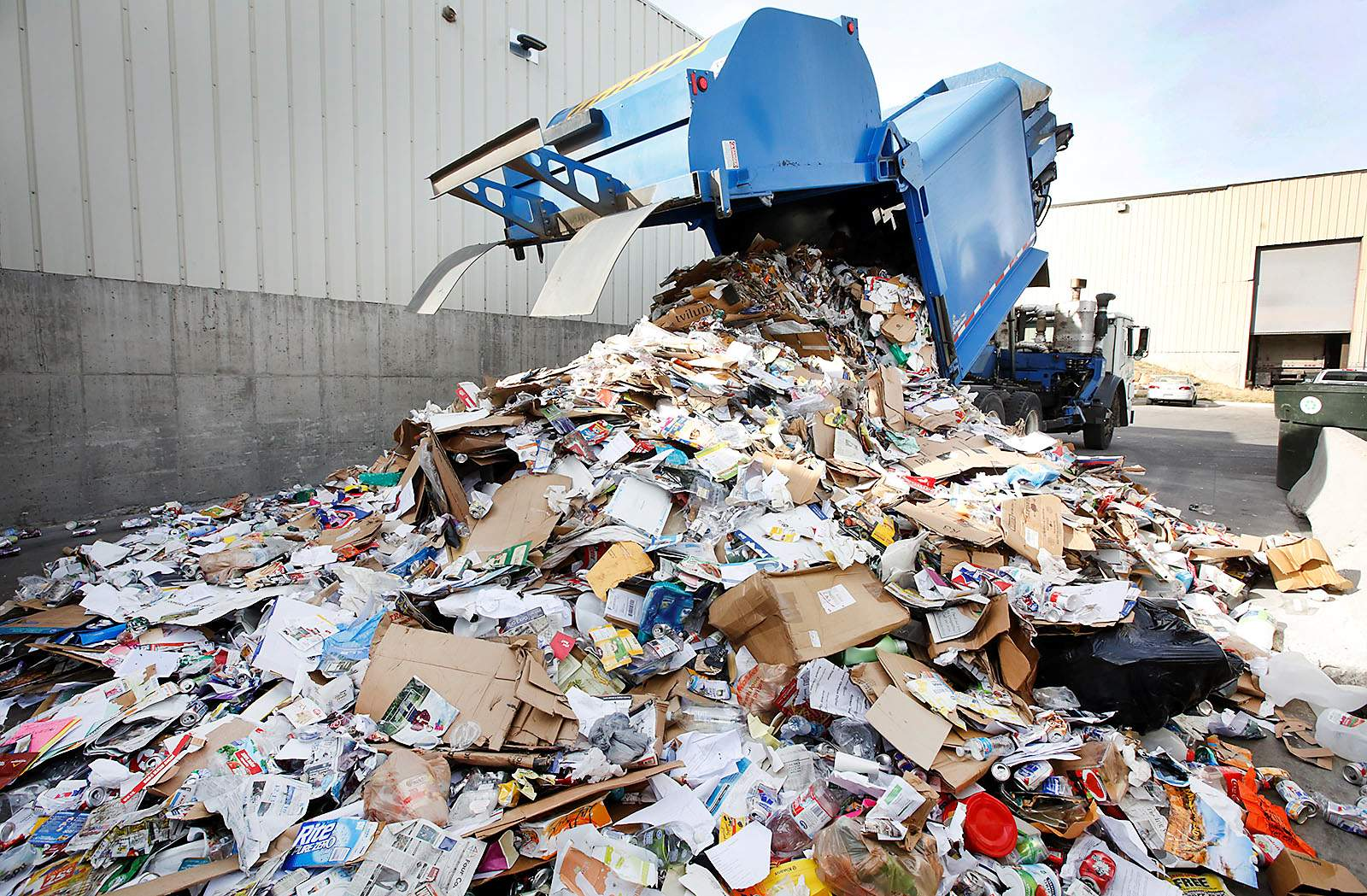recycling waste Find waste and recycling information on the world's largest environmental portal.