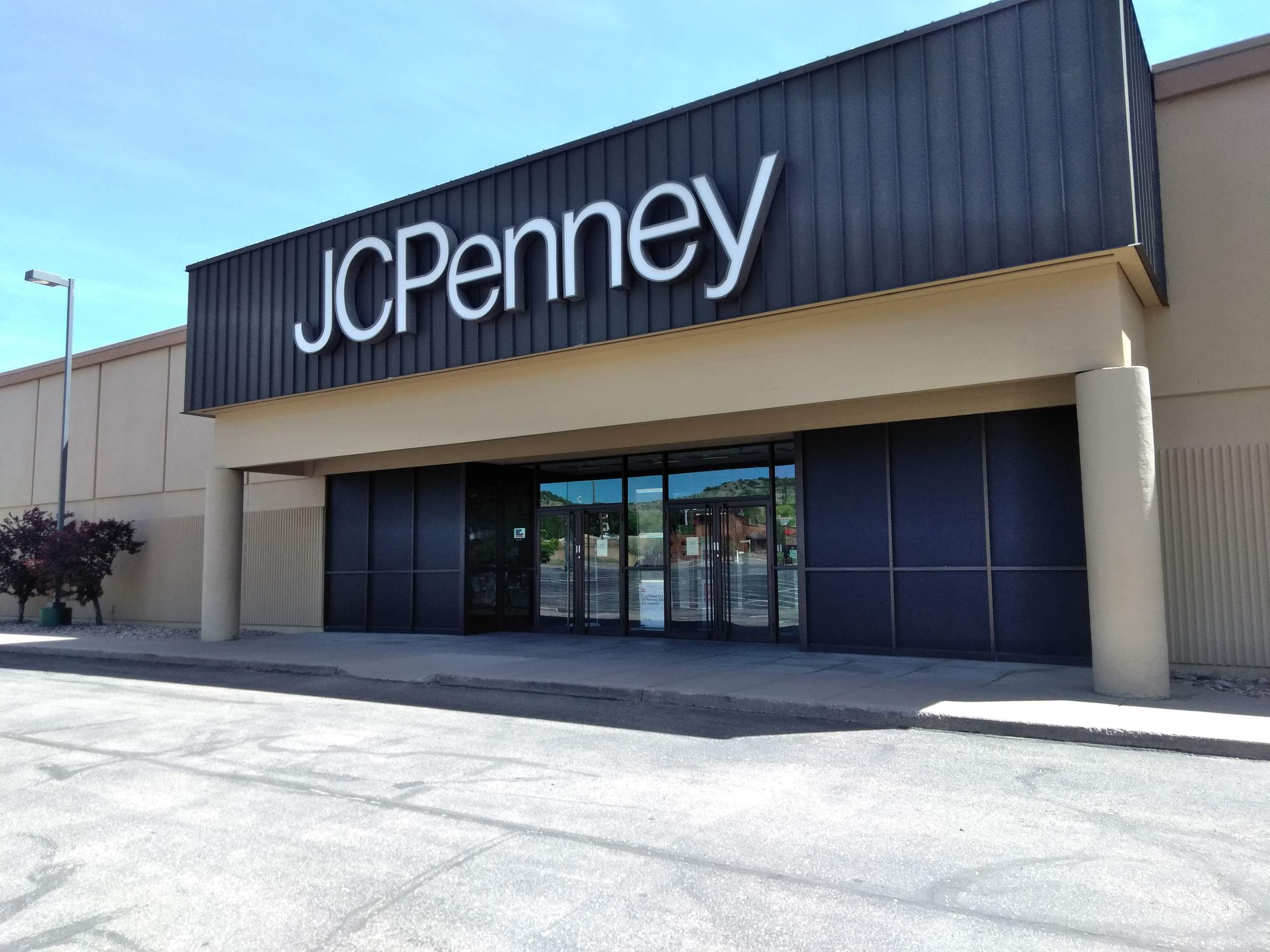 J.C. Penney's to close Bradenton, Tampa & Sebring locations