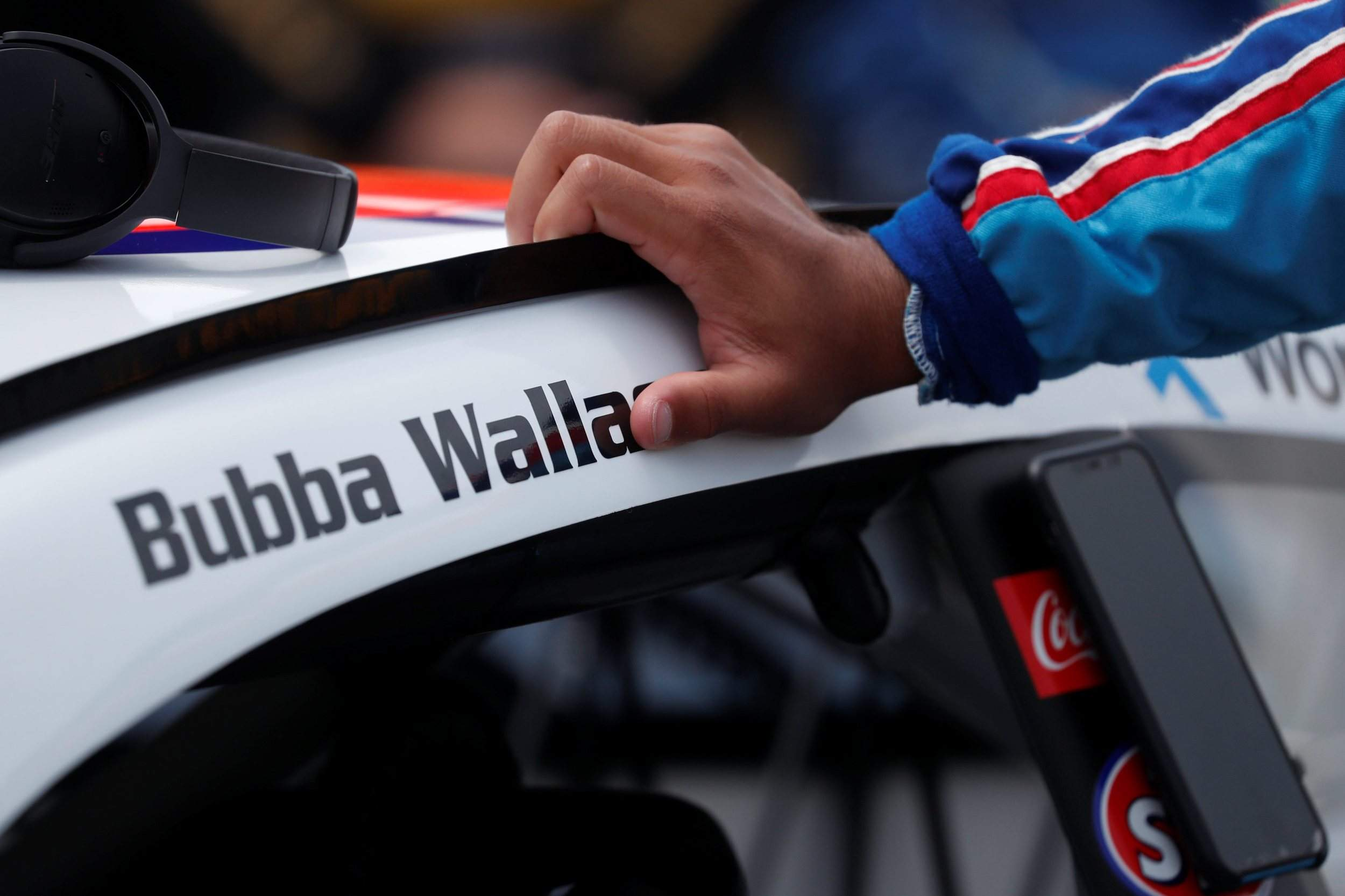 Bubba Wallace, NASCAR's agent of change, doing 'what feels right'