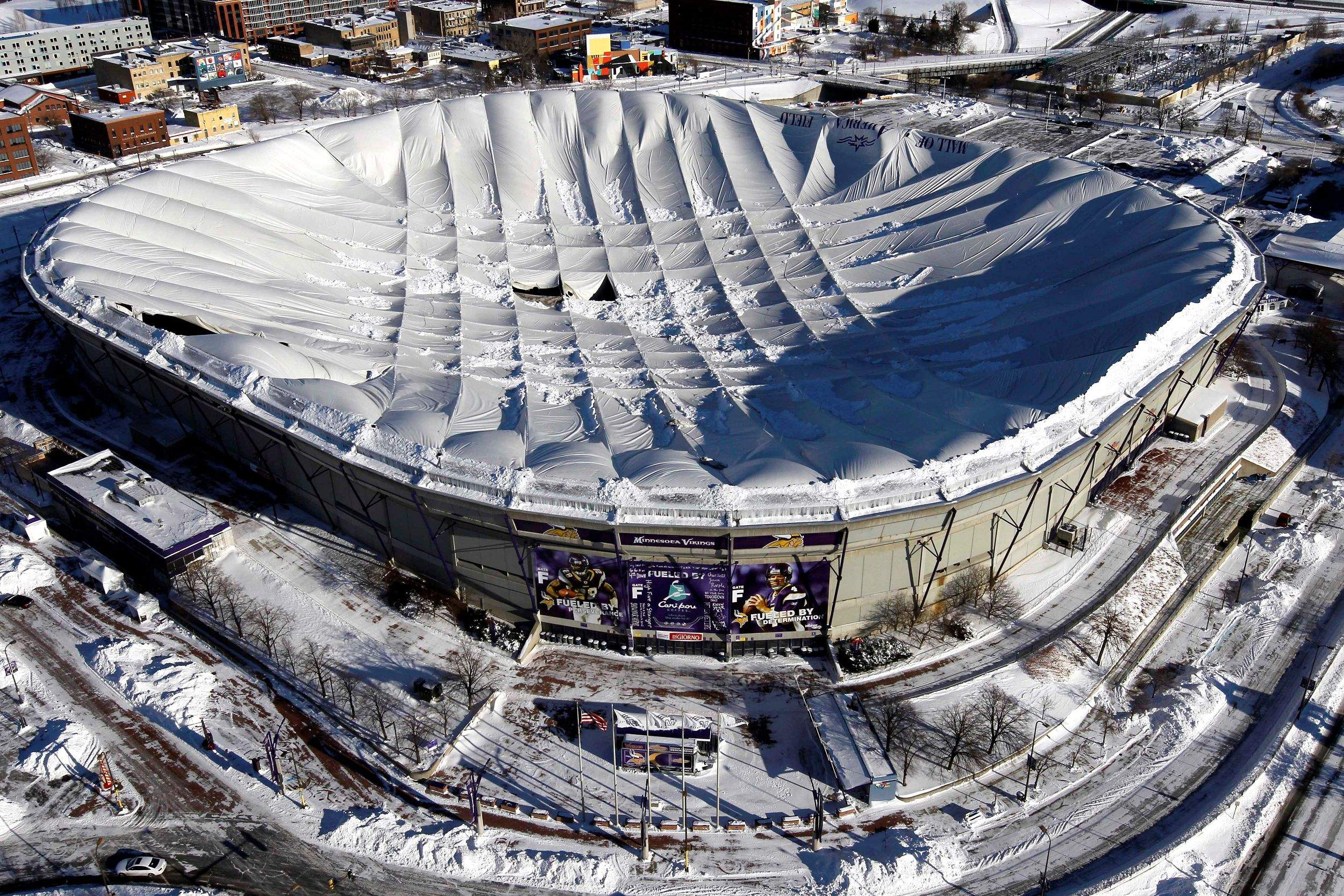 Vikings Game Moved To Tonight In Detroit After Roof Collapses