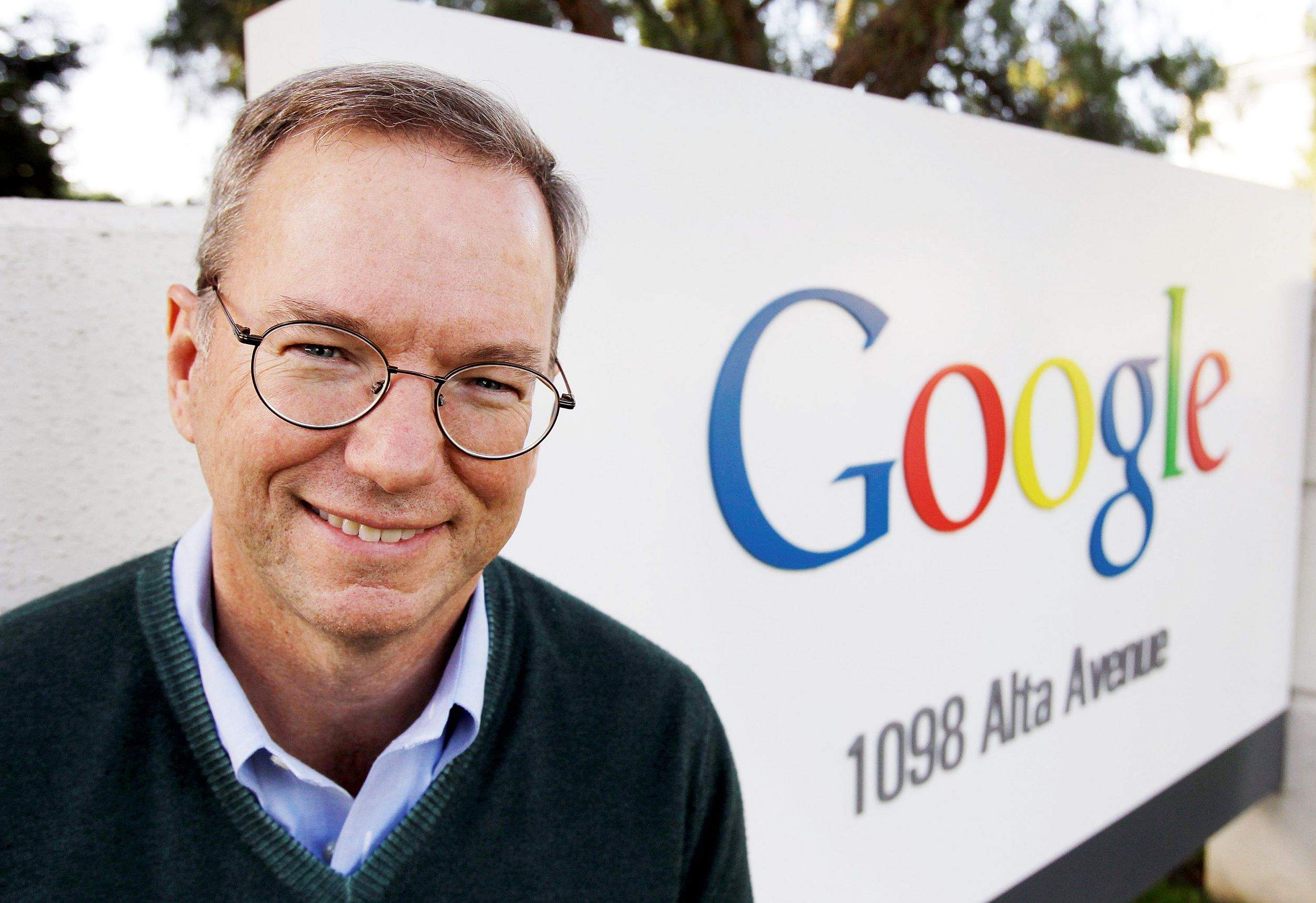 eric schmidt leadership style Sales leadership thought style & design eric schmidt stepped down in jan 2018 as executive chairman of google's parent company.