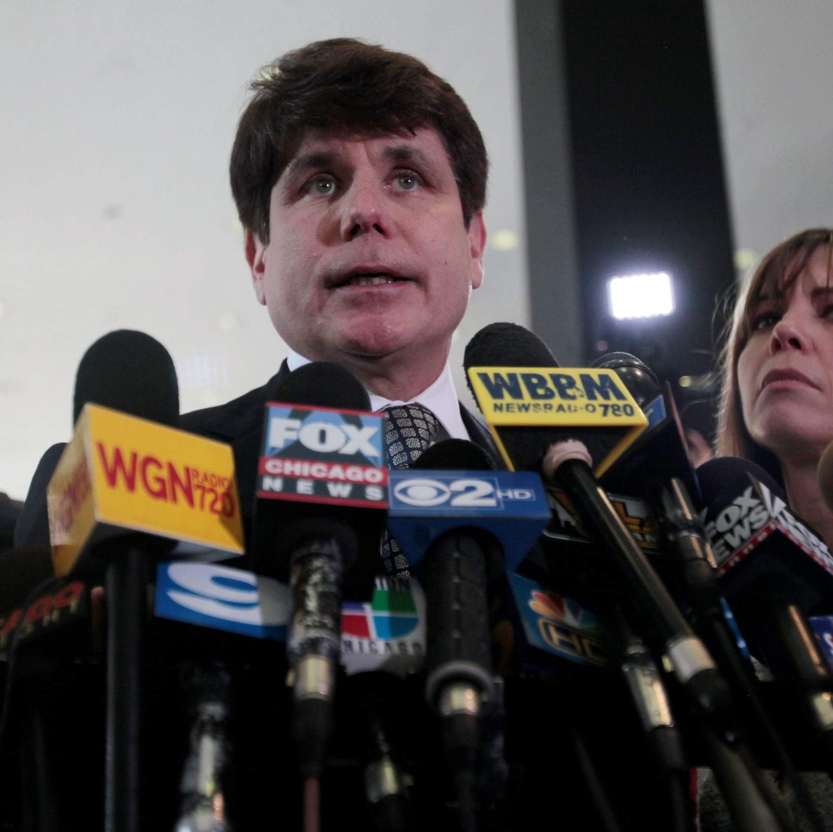 Jury convicts ex-Ill  Gov  Blagojevich of corruption