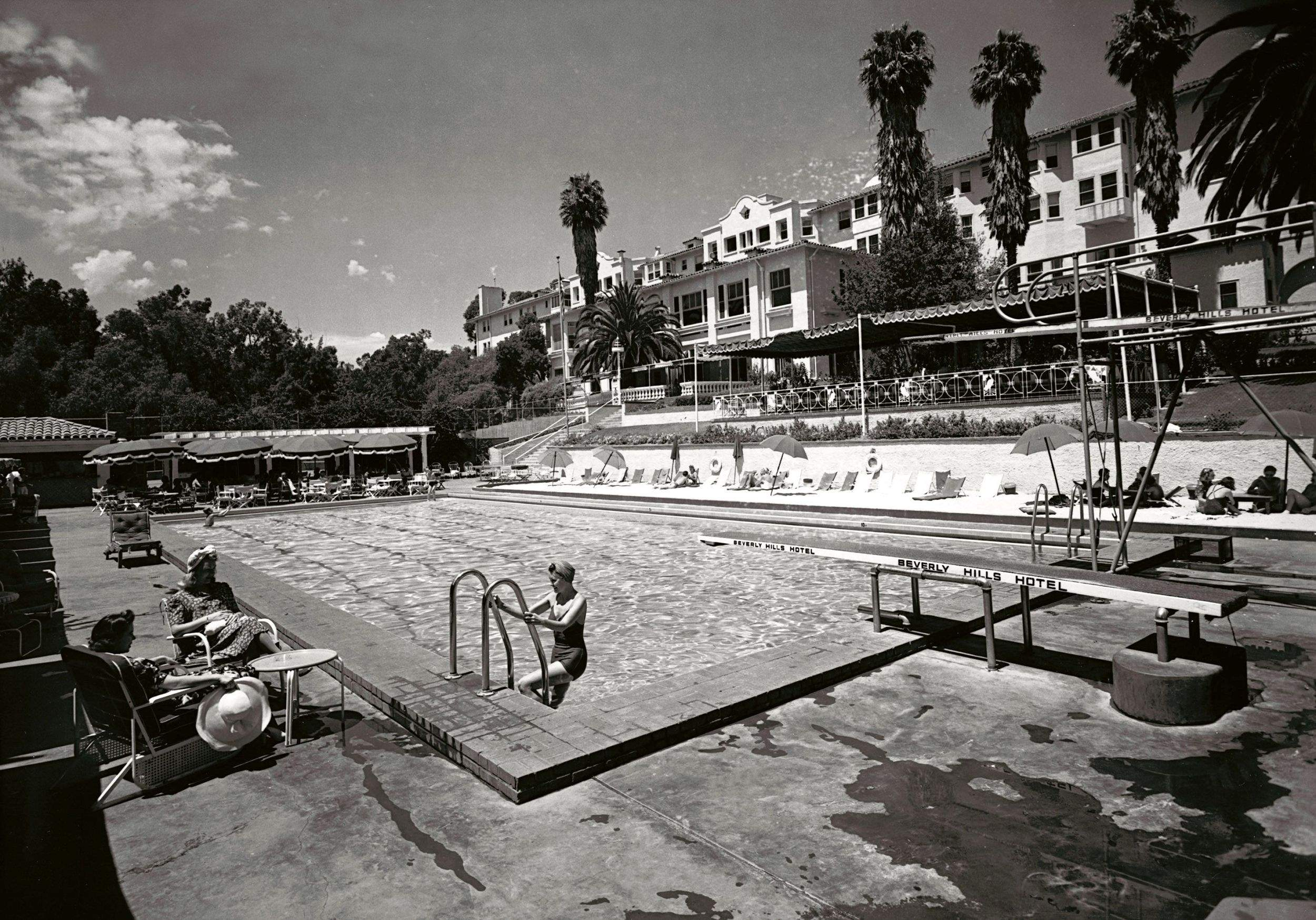 Beverly hills hotel is century old - Beverly hills public swimming pool ...