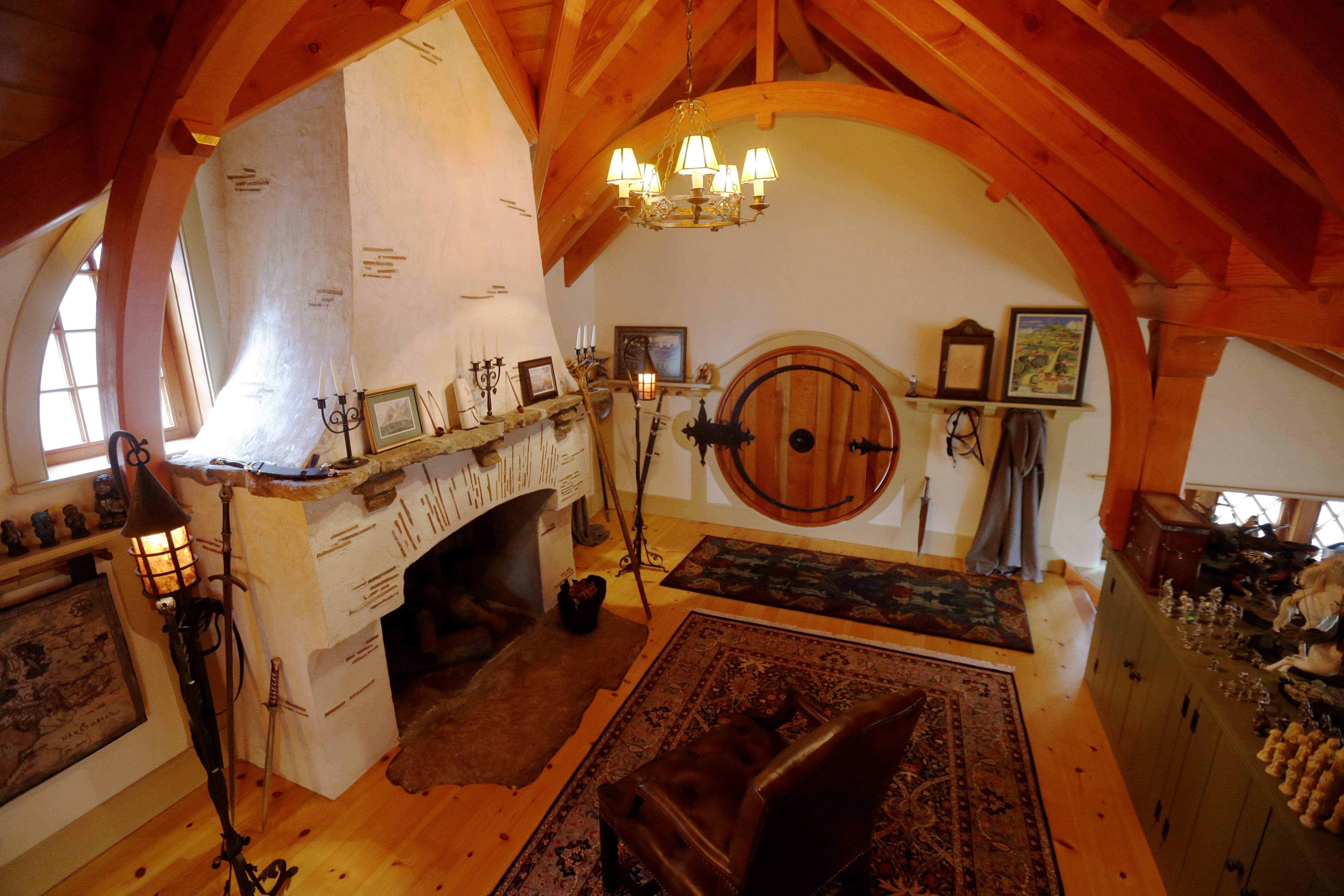 Architect Peter Archer has designed a \u201cHobbit House\u201d in Chester County Pennsylvania near Philadelphia containing a world-class collection of J.R.R. ... & This Tolkien Hobbit house is at home in Pennsylvania