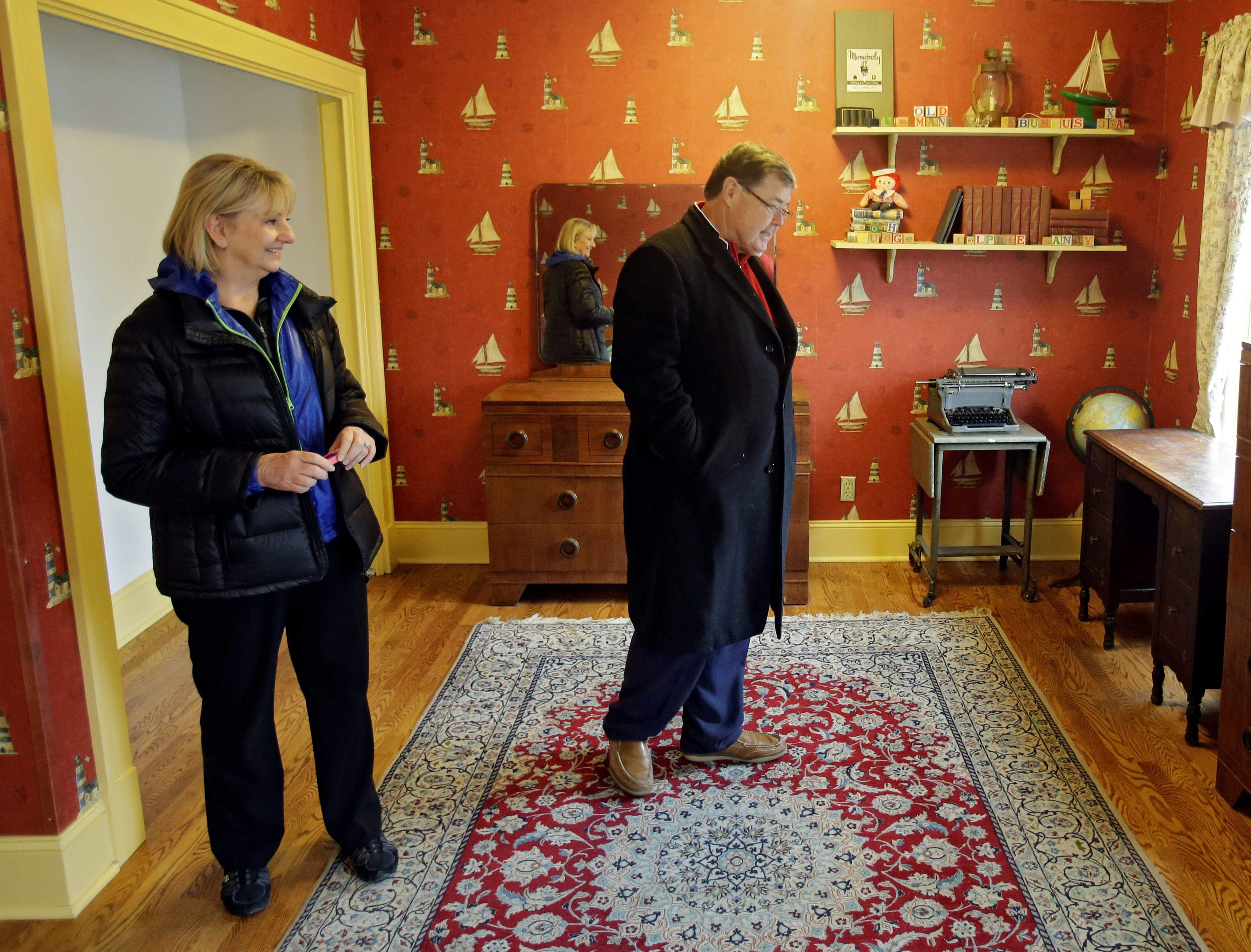 judy and michael paulson from plano texas view ralphies room in the cleveland house where the 1983 movie a christmas story was filmed - Where Was The Christmas Story Filmed