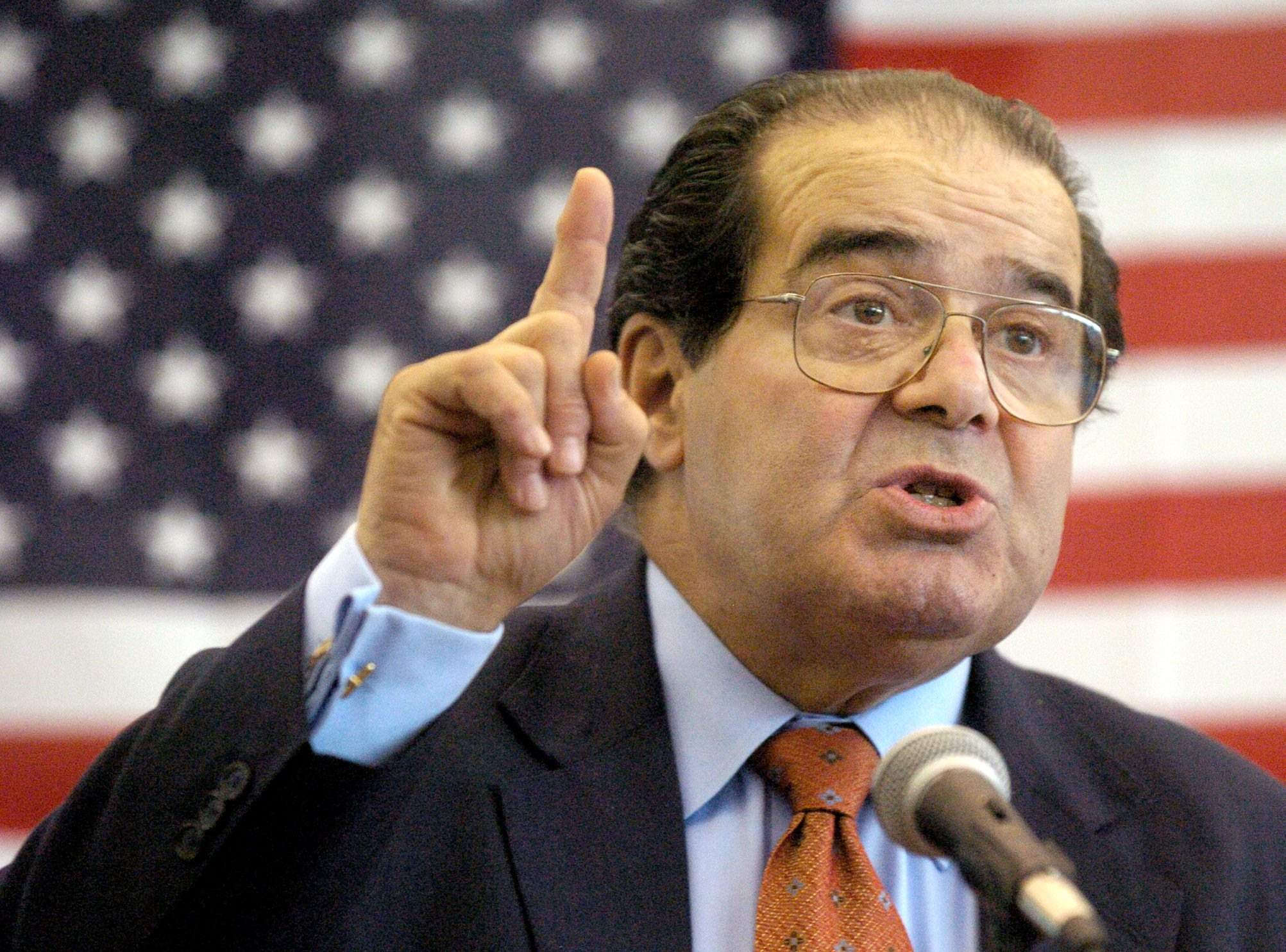 U.S. Supreme Court Justice Antonin Scalia speaks to Presbyterian Christian High  School students in Hattiesburg e012b3105
