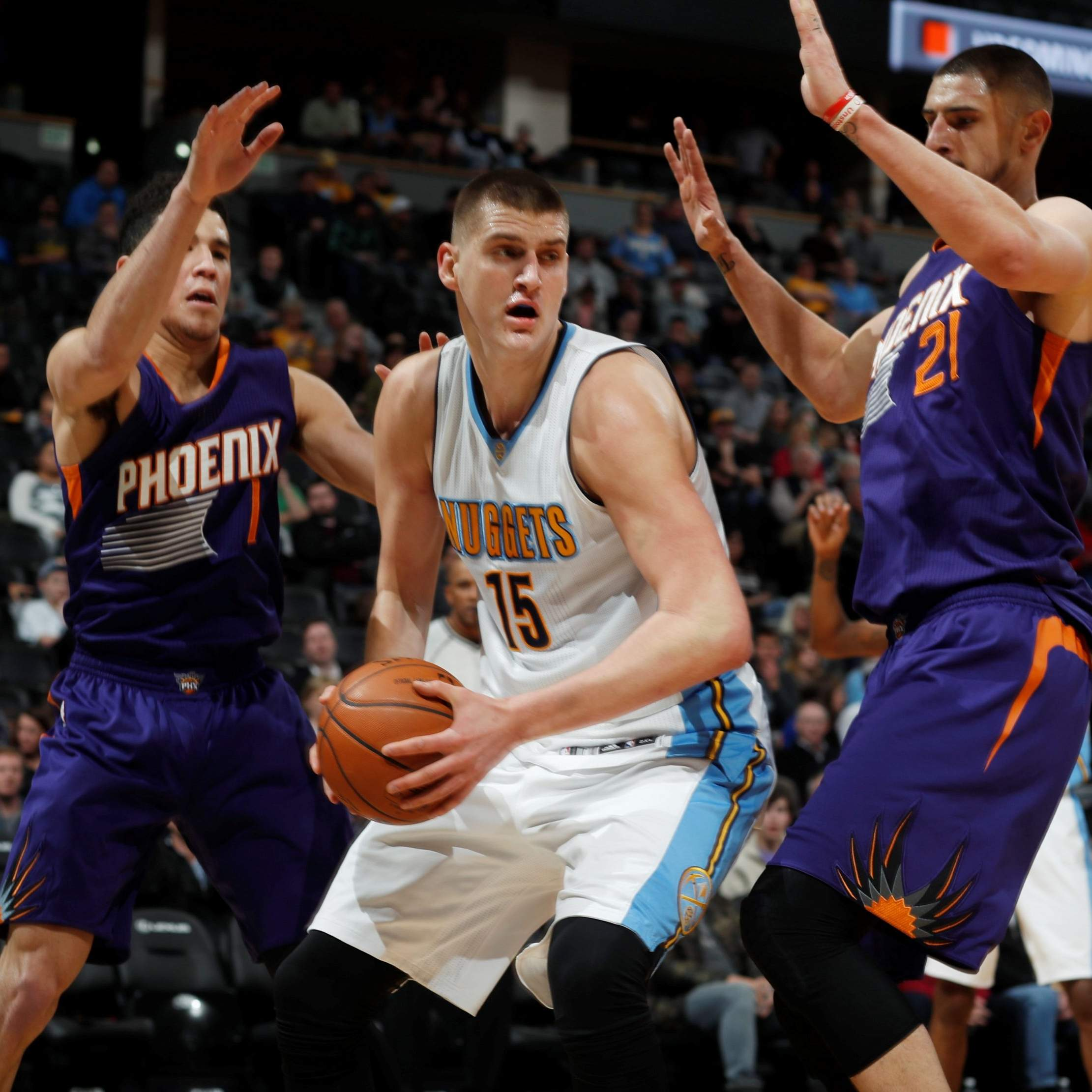 Jokic Gets Double-double, Leaves With Injury In Nuggets Win