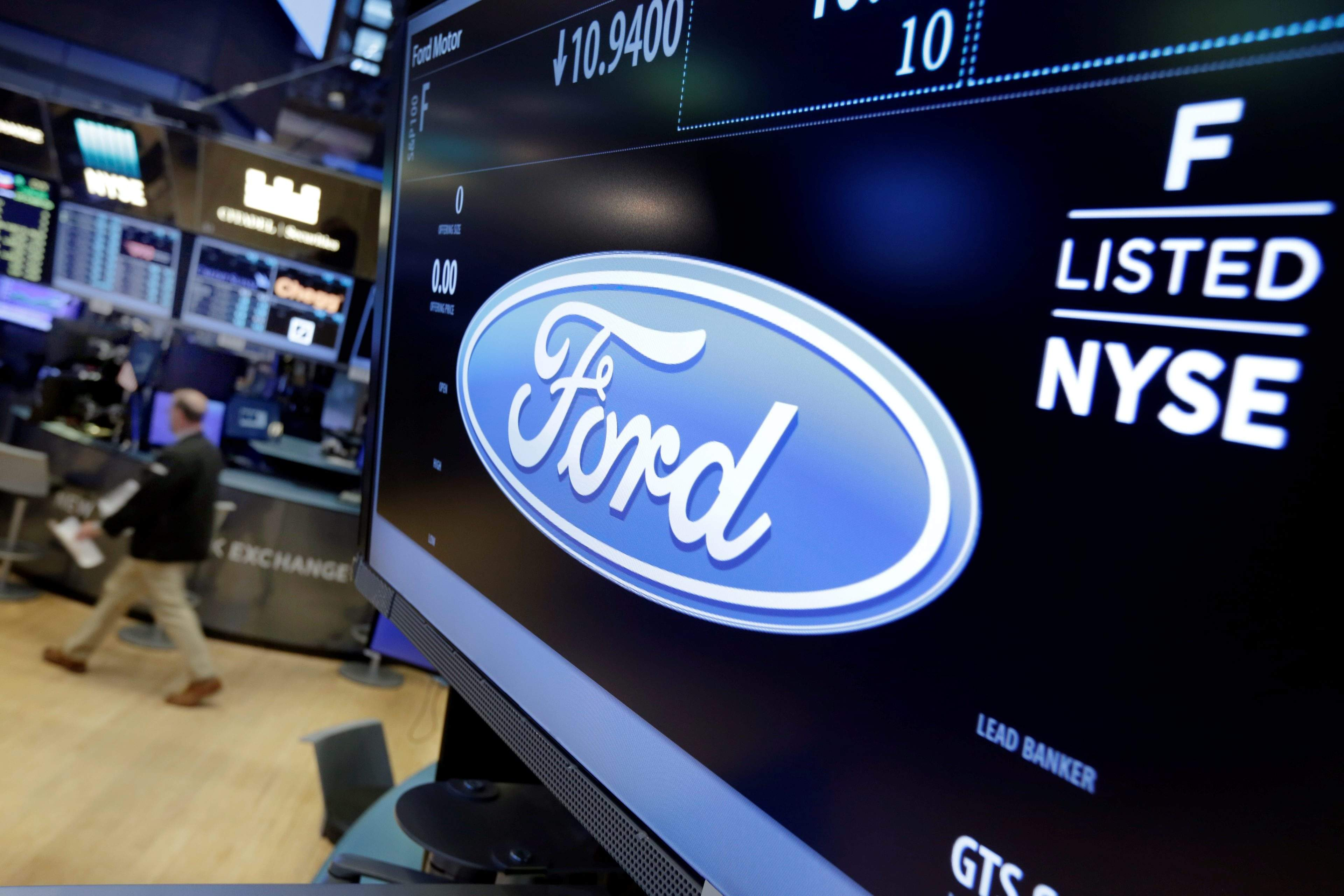 Ford motor co said wednesday it plans to cut 10 percent of its salaried jobs in north america and asia pacific this year in an effort to boost profits