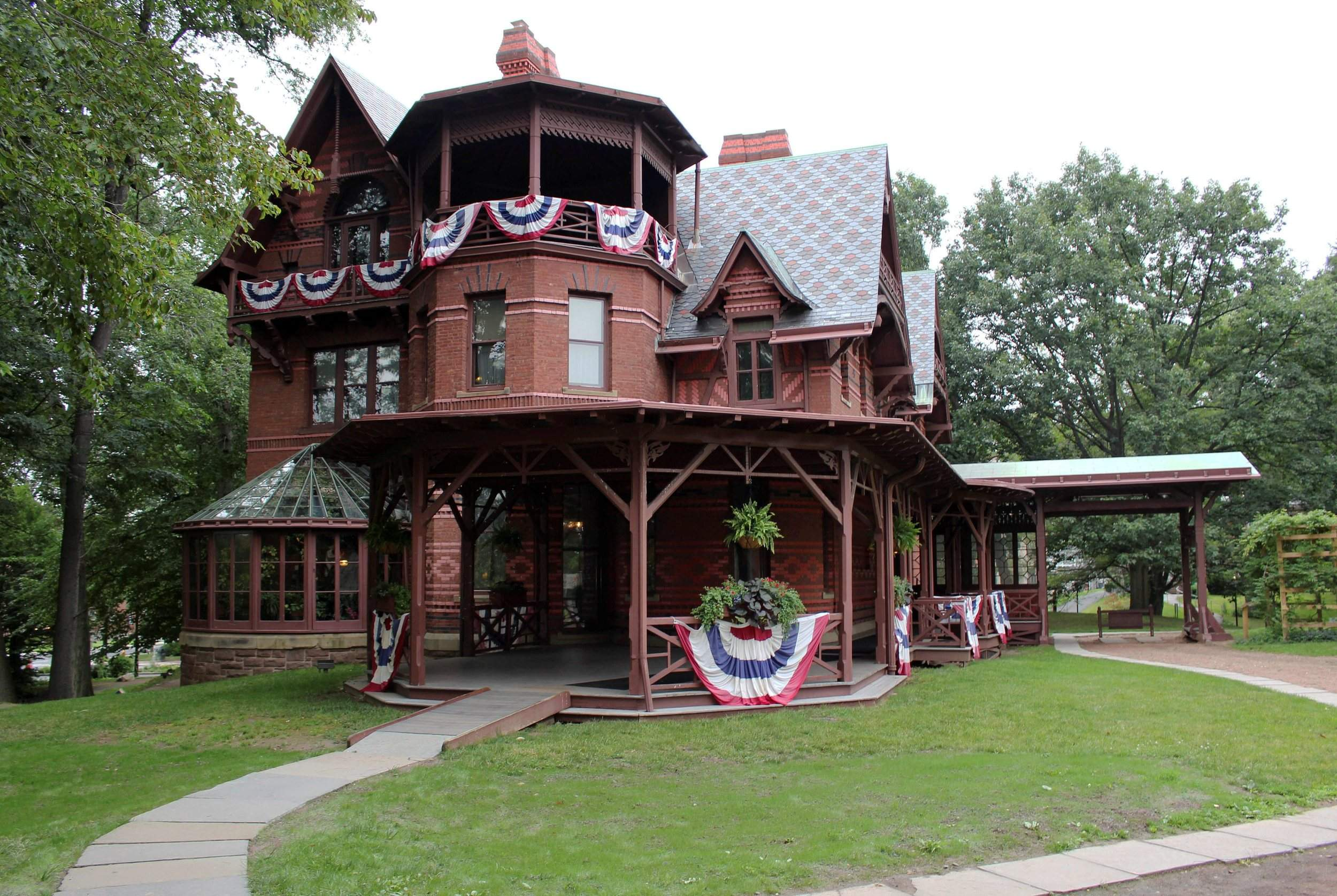 The Mark Twain House Sits Adorned With Red, White And Blue Bunting In  Hartford, Conn. A Novelty Tour Of The Authoru0027s Historic Home Allows  Visitors To ...