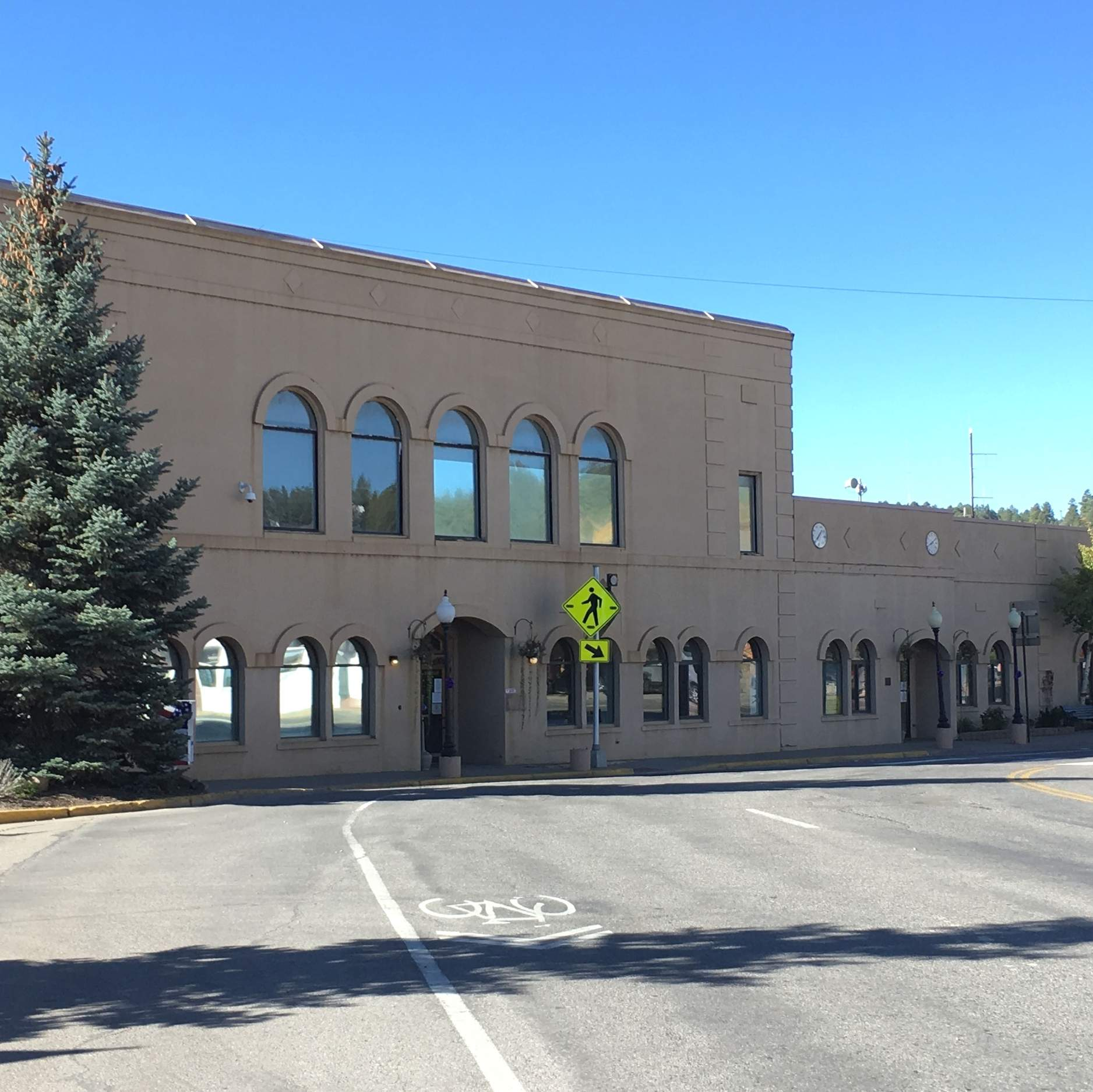 Colorado Judicial Branch: Study: Return To Archuleta Courthouse Ill-advised Until