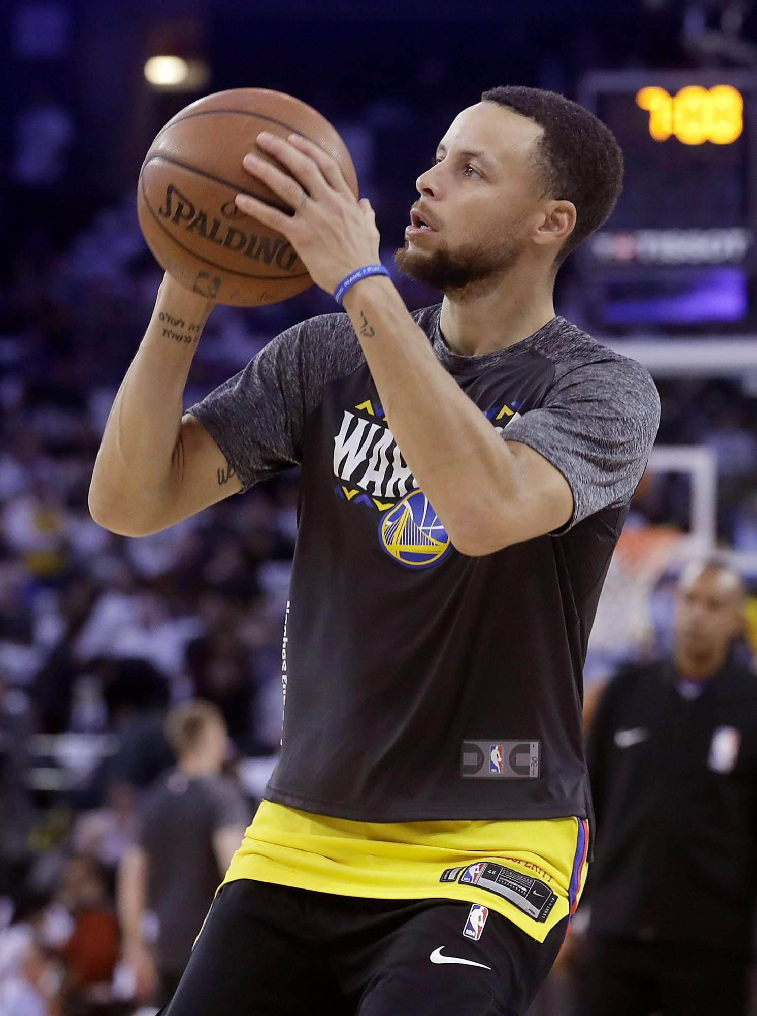 Durango student battling cancer will meet nba hero stephen curry golden state warriors guard stephen curry warms up before a game against the spurs earlier this month m4hsunfo