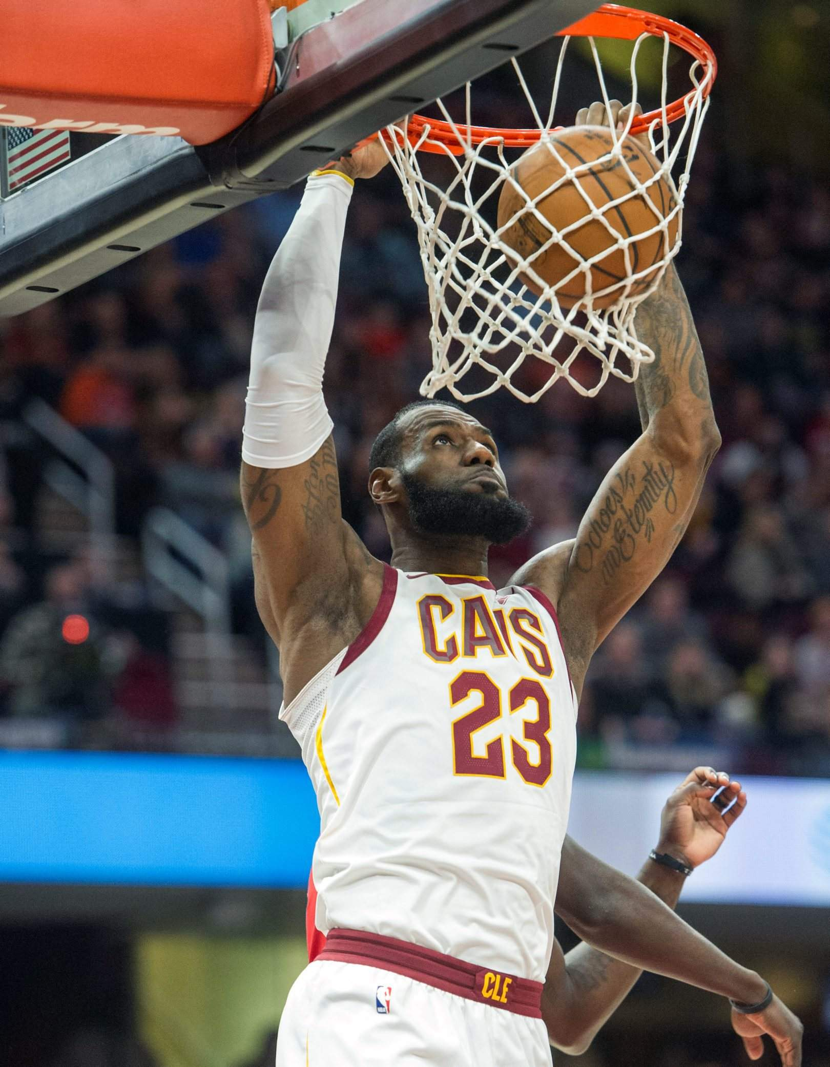 Cleveland Cavaliers LeBron James Dunks Against The New Orleans Pelicans During First Half Friday In Dunk Pushed Past Michael