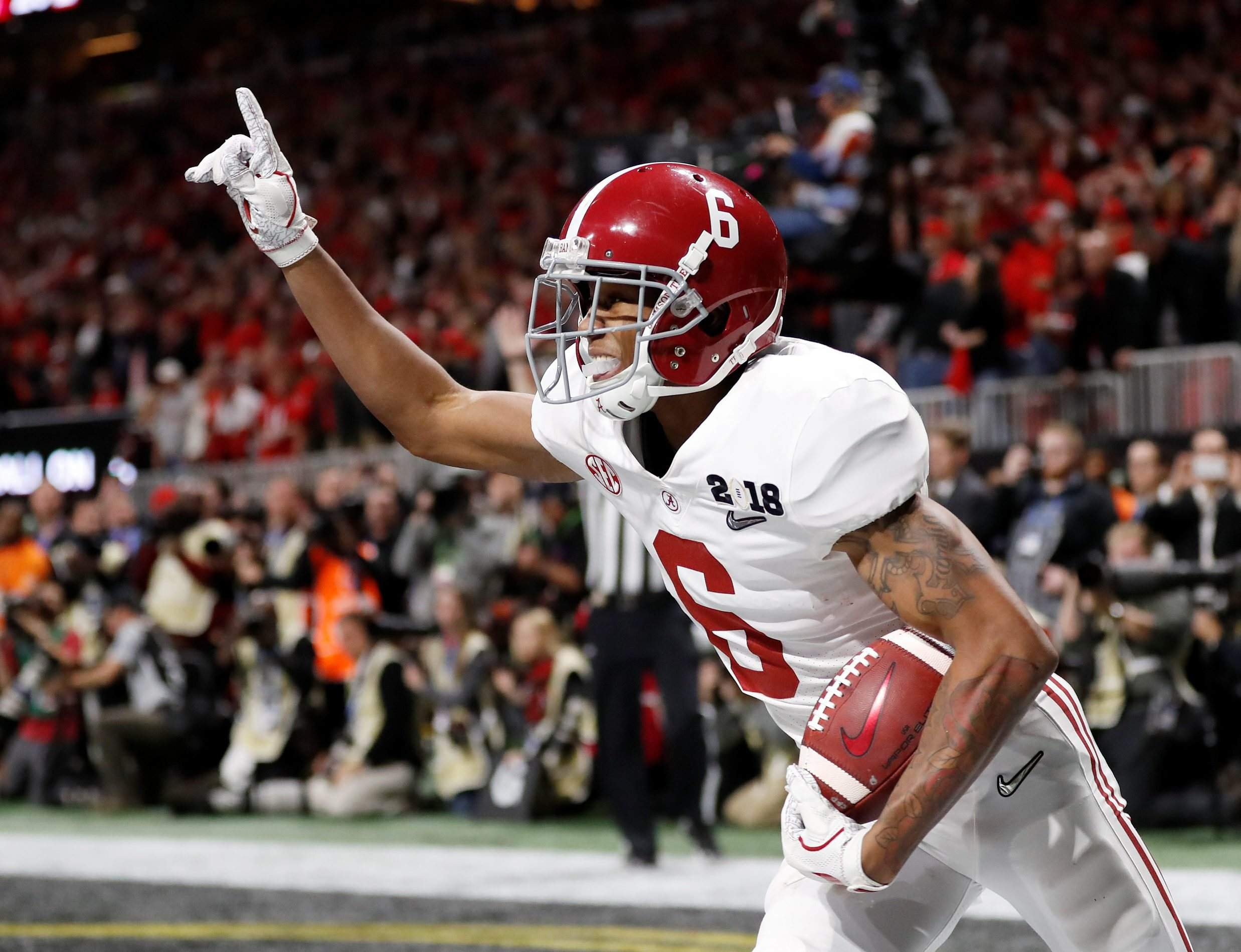 Alabama Crimson Tide starts season atop Associated Press college football rankings