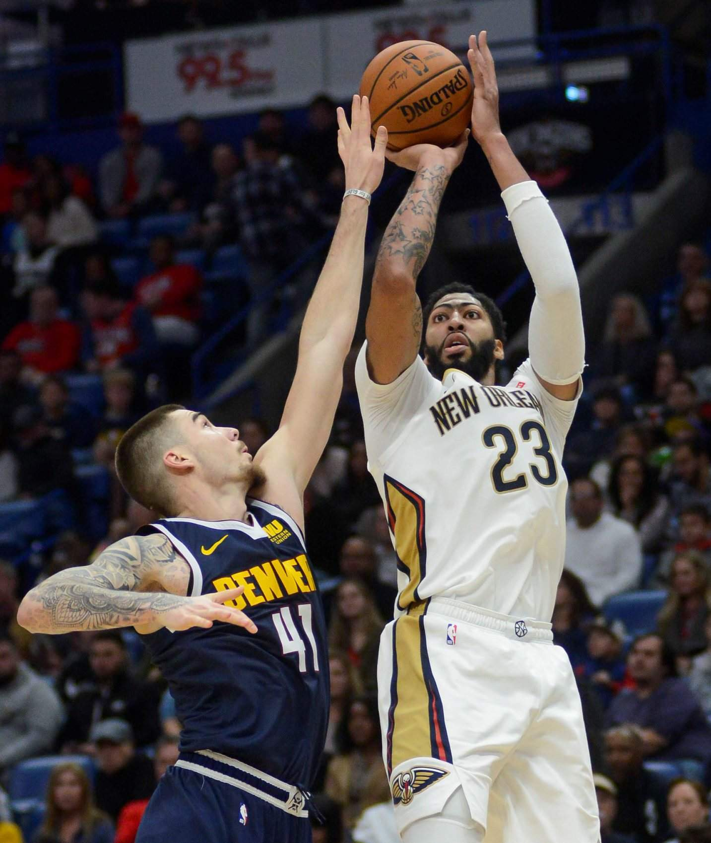 Anthony Davis Scores 40, Leads The Pelicans Past The