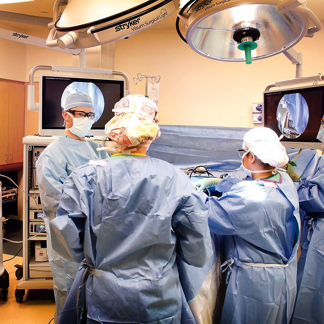 Mercy orthopedic surgeon preserves hip joints to prevent