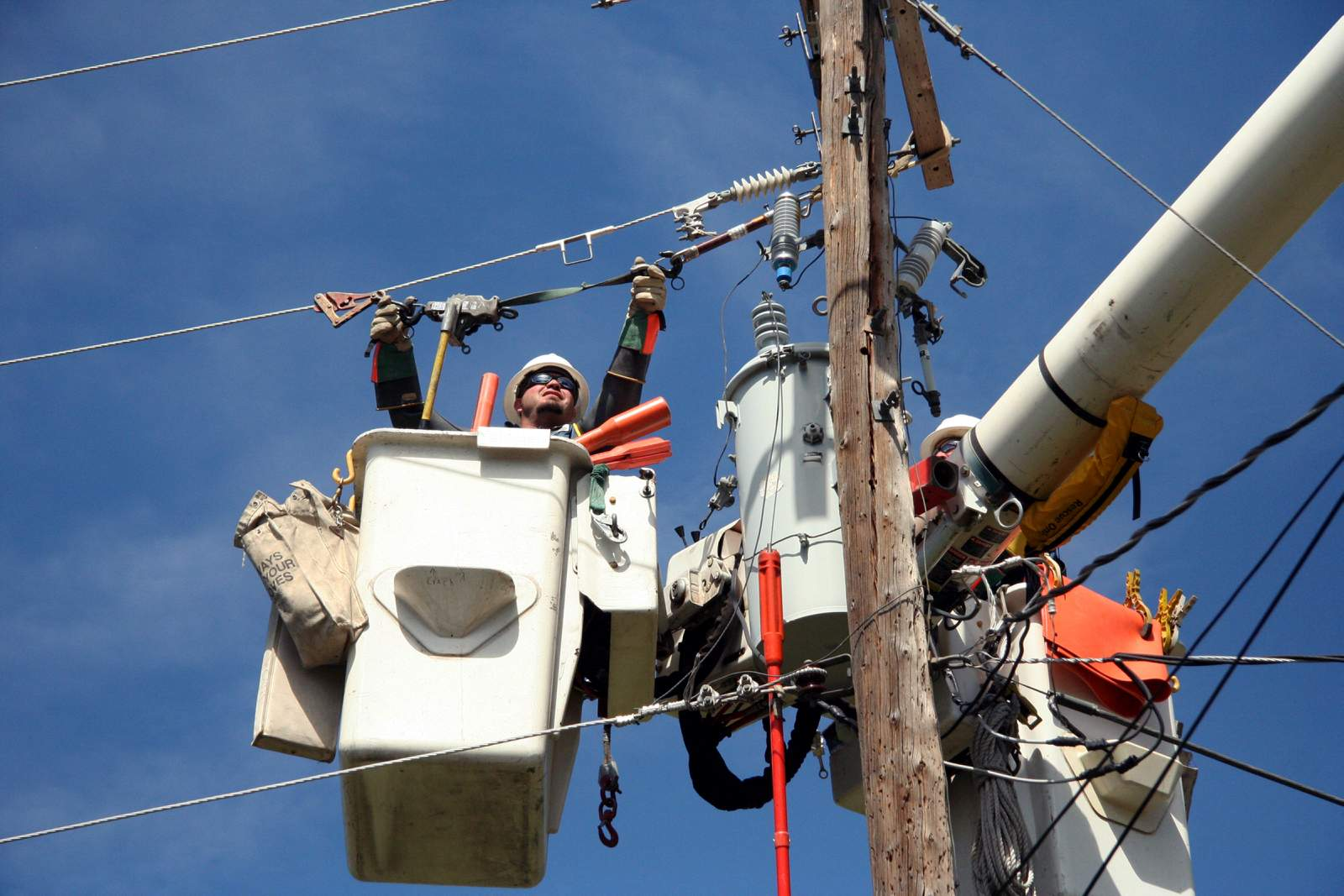LPEA candidates weigh renewable energy vs. keeping rates low