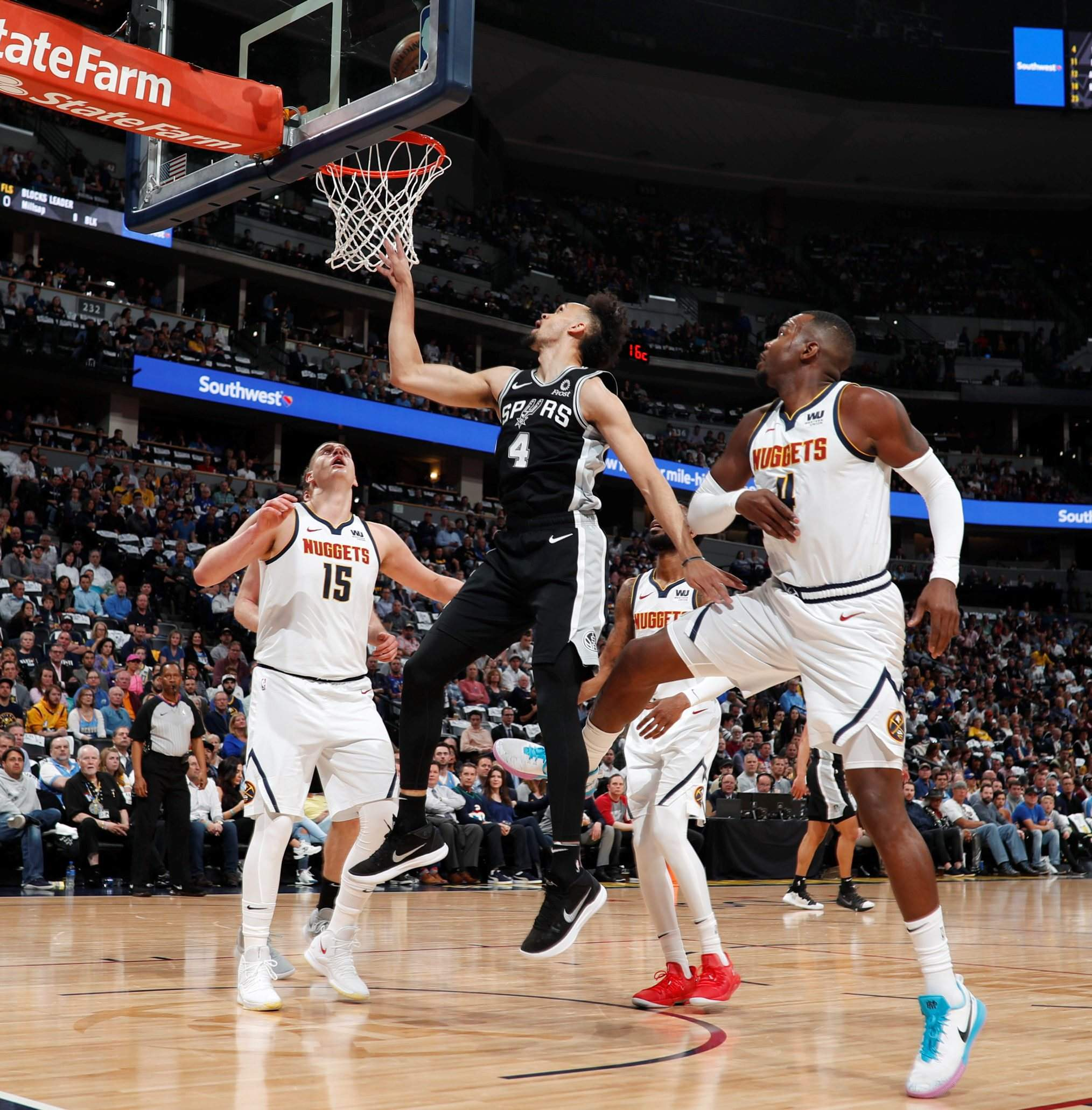 Nuggets Erase Big Deficit To Beat Spurs In Game 2