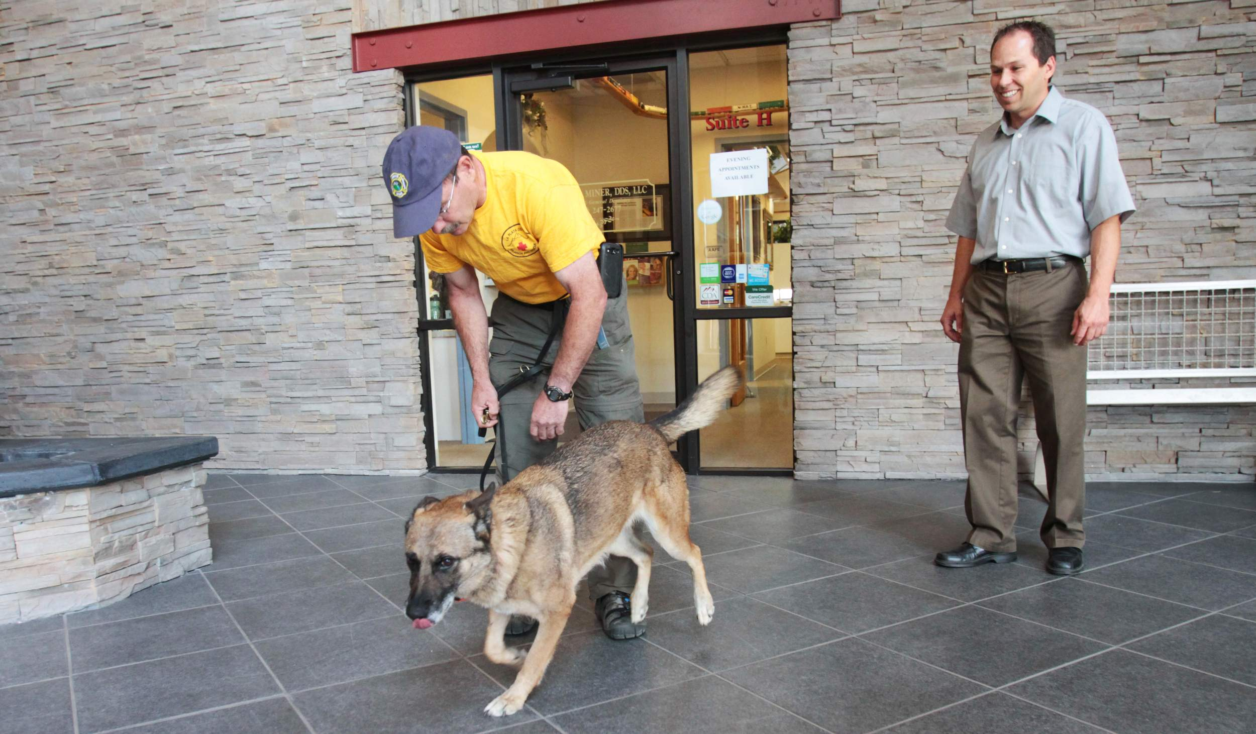 Mark Redwine's attorneys attempt to exclude cadaver dog evidence