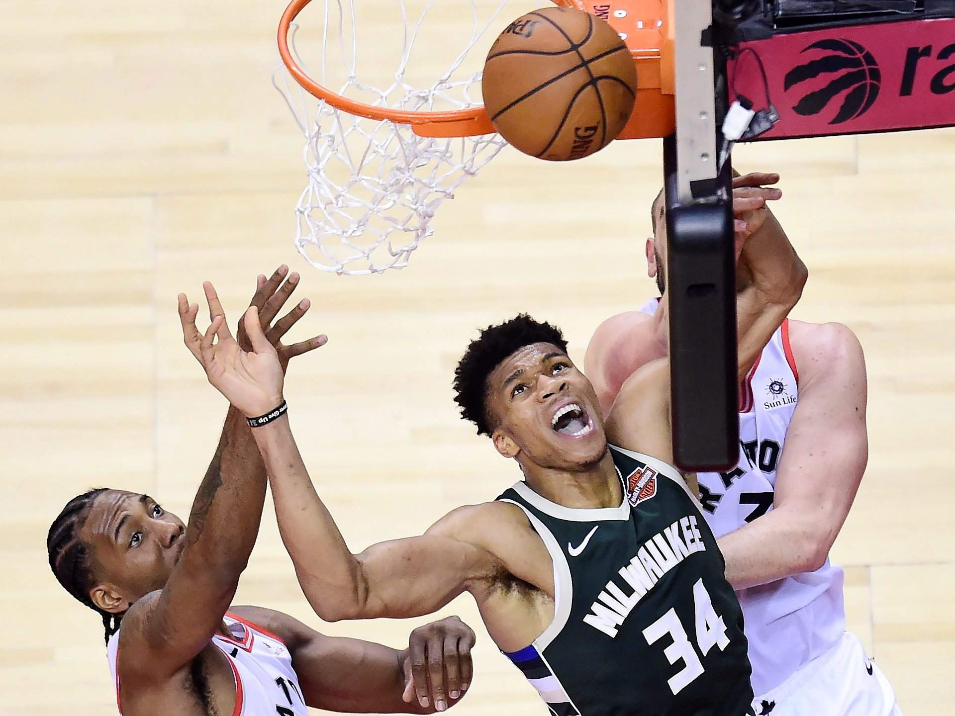 Raptors Pull Off Double Overtime Win Over Bucks