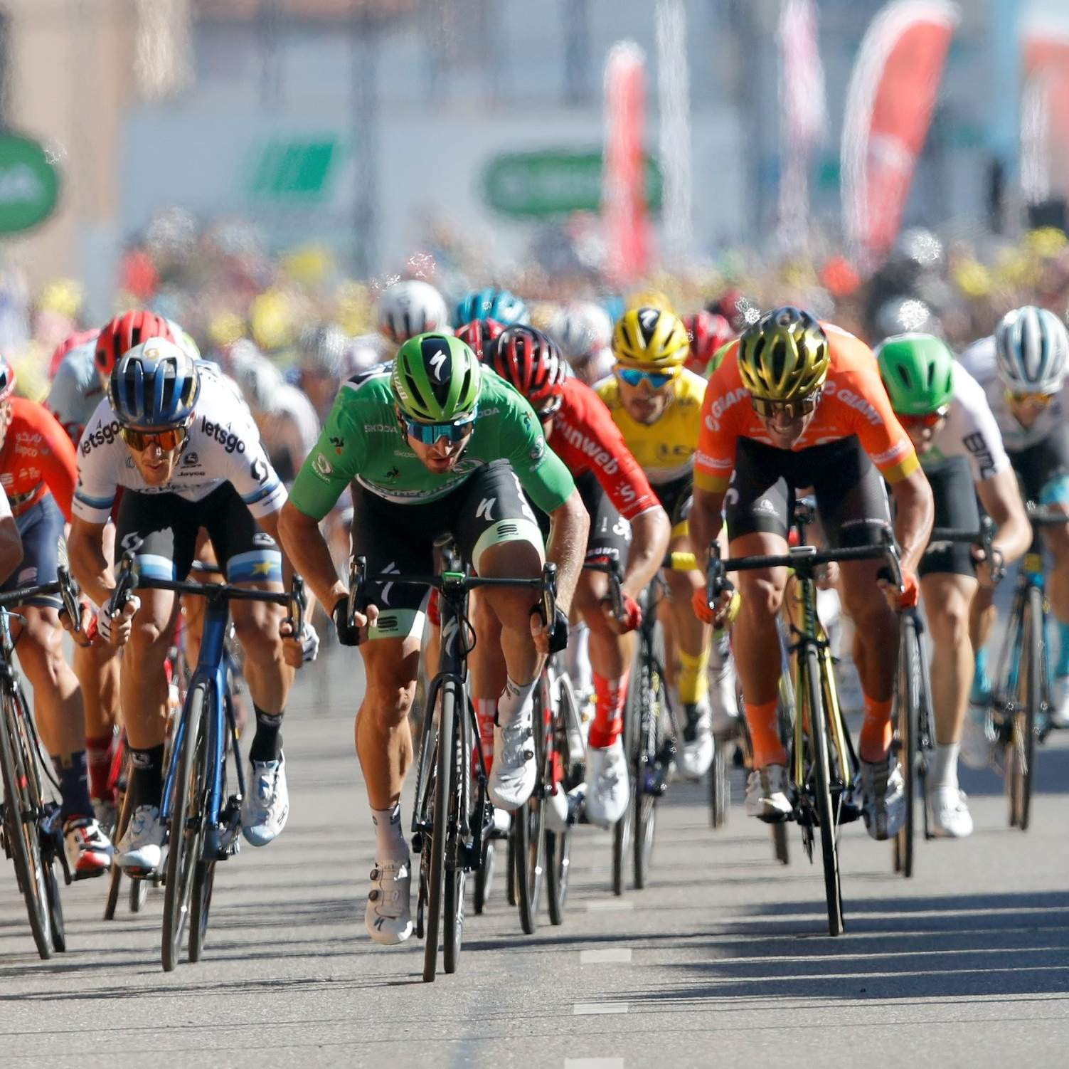 Peter Sagan sprints to victory at Stage 5 of Tour de France