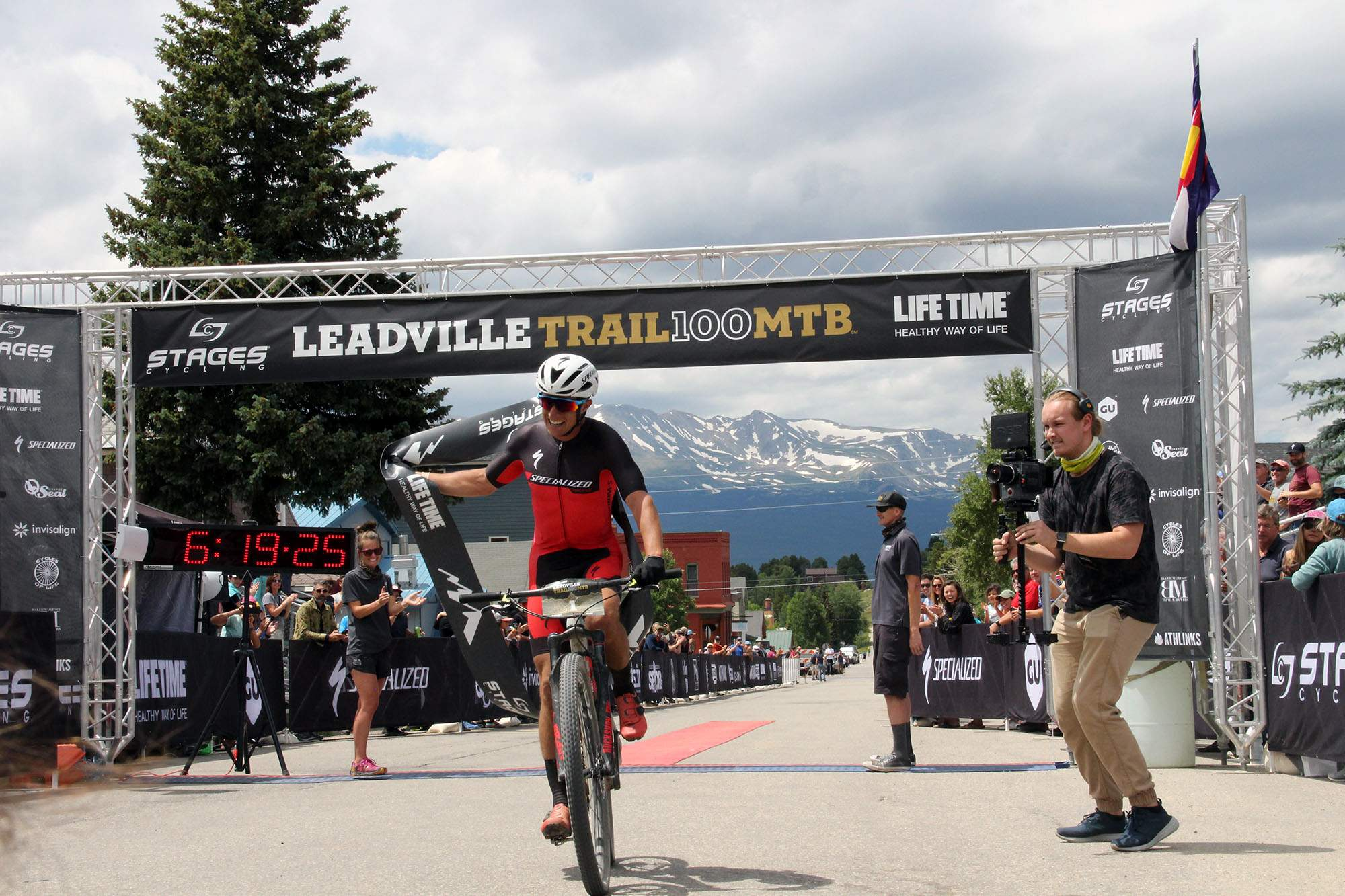 Howard Grotts claims epic three-peat at Leadville 100